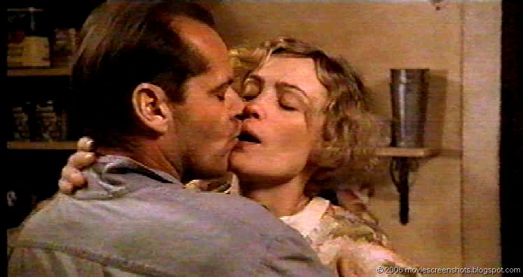 an overview of the movie the postman always rings twice Overview this remake of the 1946 movie of the same name accounts an affair between a seedy drifter and a seductive wife of a roadside cafe owner there are no discussions for the postman always rings twice.