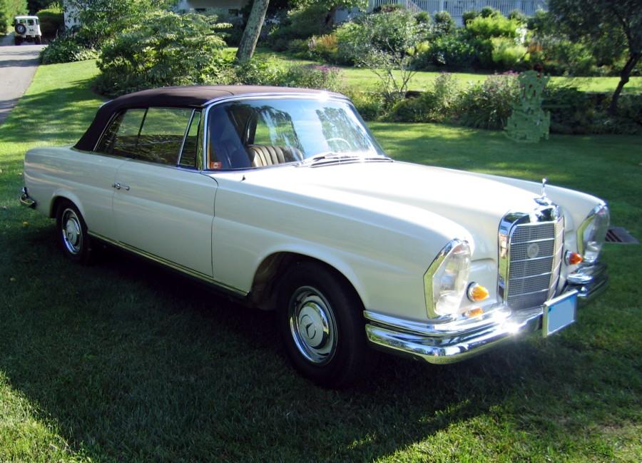 My barn find 39 66 mercedes benz 250se cabriolet los for Mercedes benz repair los angeles