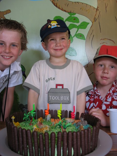 Birthday Parties Auckland Zoo Image Inspiration of Cake and