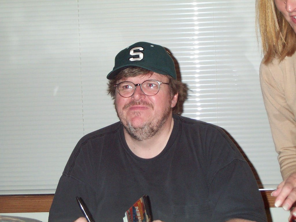 Book Michael Moore - Idiot Nation. where to find this text for free?