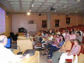 José Ginés, de la Asociación de Orientadores de Secundaria de Granada expuso la situación de la Orientación en la LOE