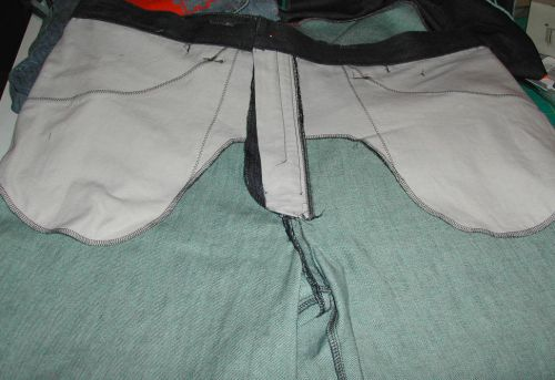 Here's a pic with the wrong side of the other front pocket on top.