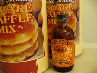 harina preparada para tortitas y extracto de almendra amarga marca ACME