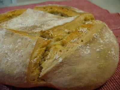pan sólo con masa madre y harina de trigo