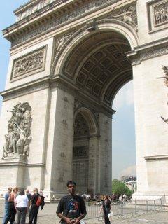 Arun at Arc de Triomphe