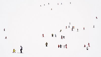 Lowry skiers