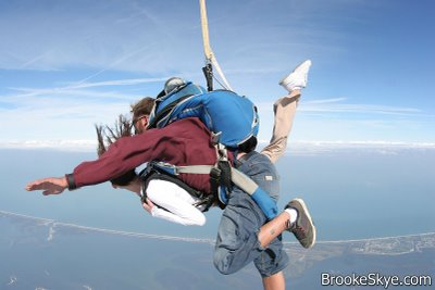brooke skye sky diving