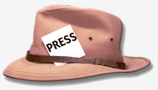 La prensa tradicional ha cambiado: los periodistas ya no lucen sus acreditaciones en el sombrero
