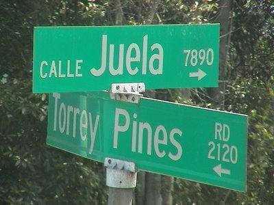 No mires a Torrey Pines, mira el otro letrero.