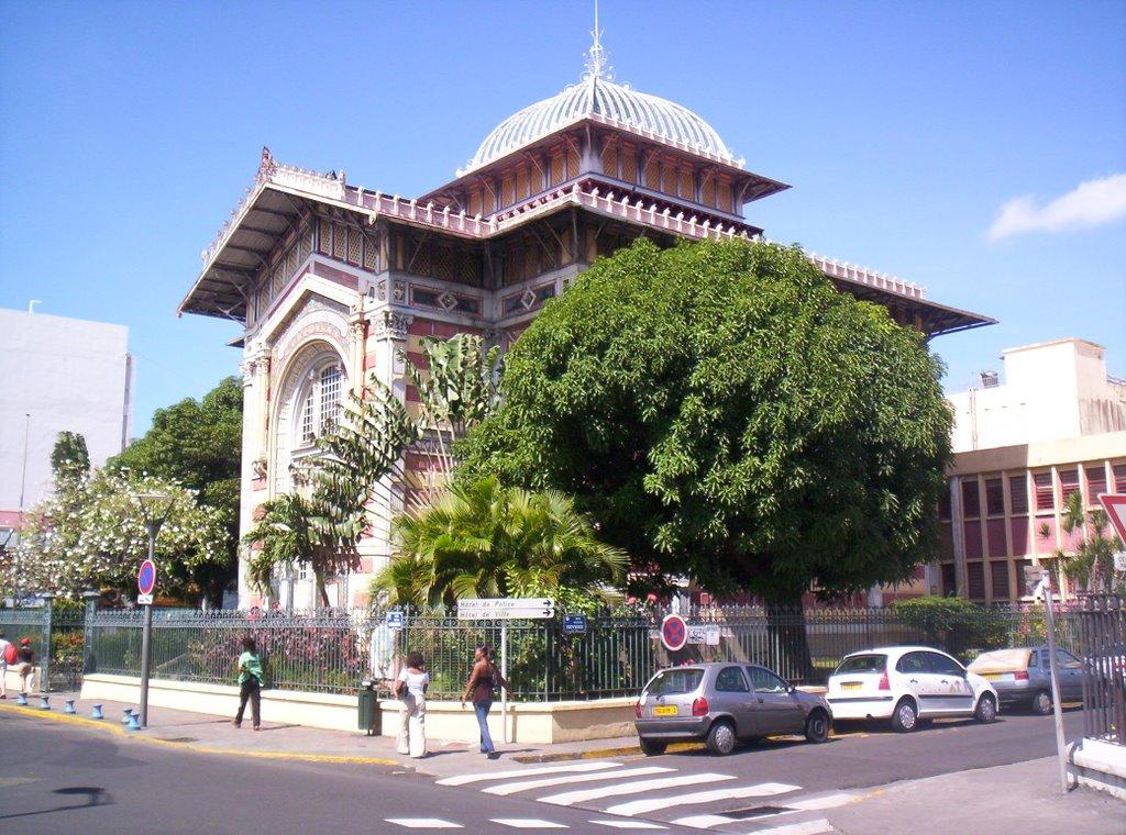 Grugruland 25 mars fort de france for Architecte france