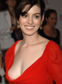 Anne Hathaway defends Nude Scenes
