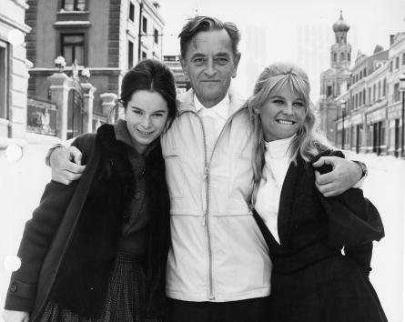 director David Lean w/actresses Geraldine Chaplin &Julie Christie