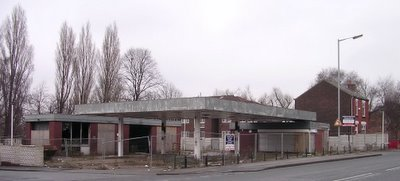 Dis-used petrol station, Stockport Rd, Cheadle Heath