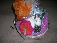 image of gift basket with knitted flower decoration