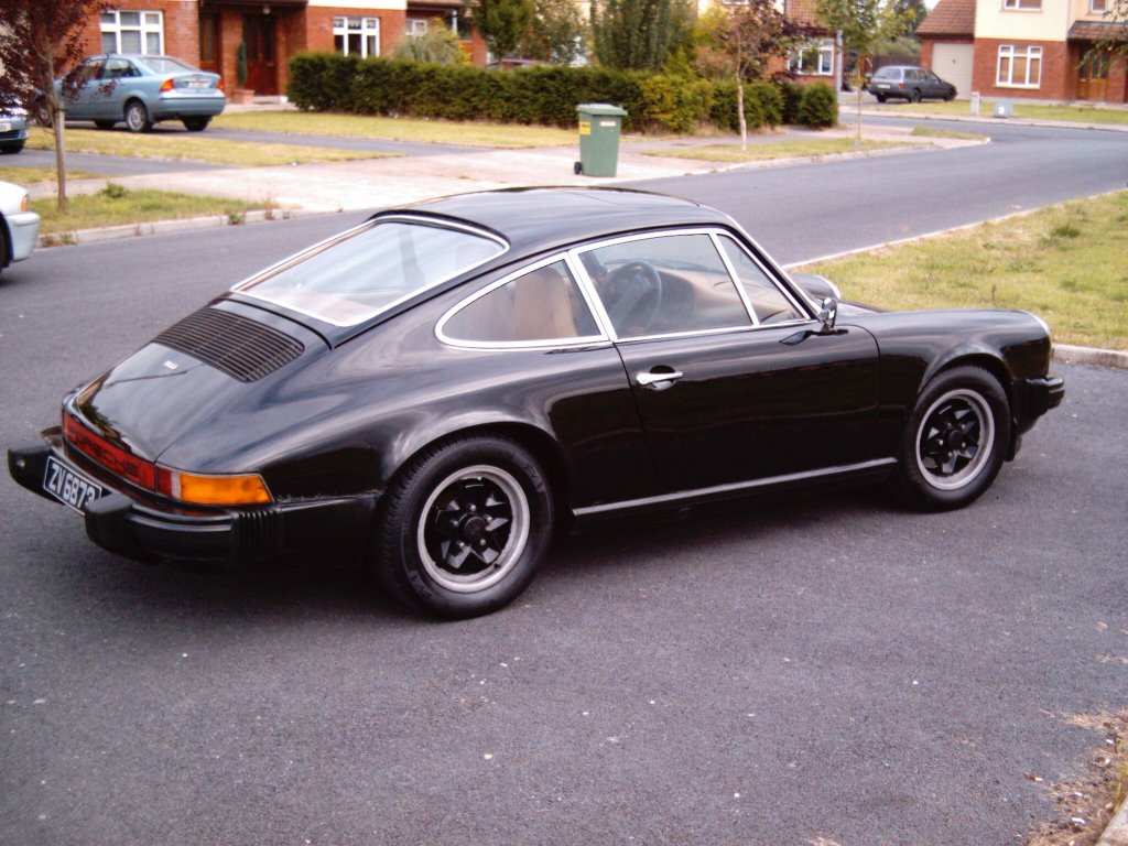 random musings 1975 porsche 911 2 7. Black Bedroom Furniture Sets. Home Design Ideas