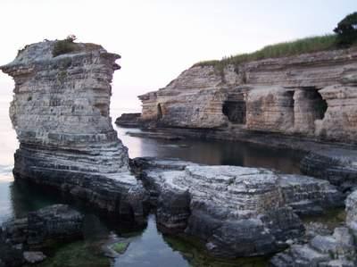 Kerpe - Mağaralar