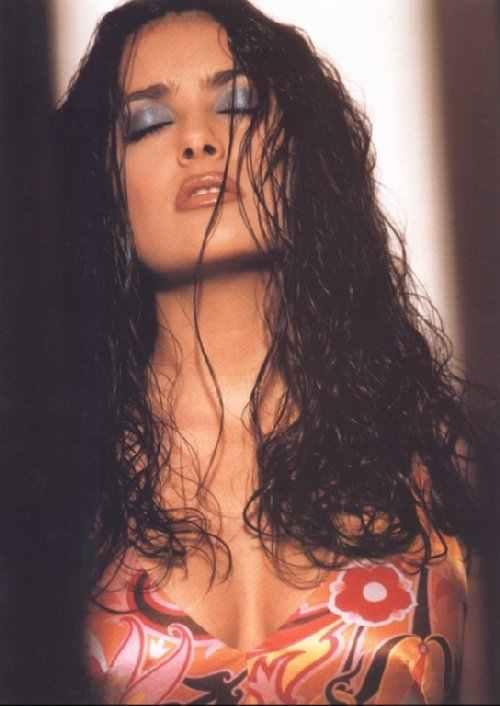salma hayek young and naked