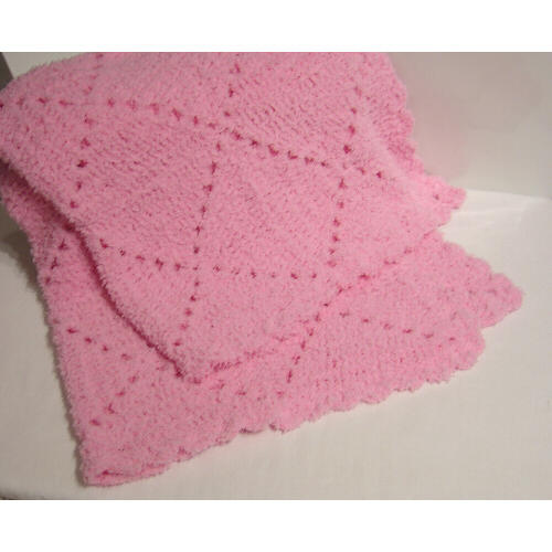 Tr?s Crochet Daily: More on the Pixie Blanket