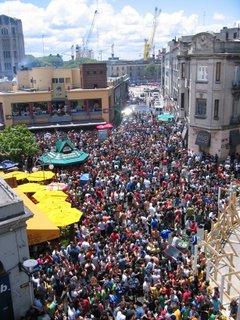Uruguay mercado del puerto dec 2005