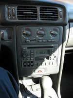 AM/FM Radio with CD player; dual heating controls; dual Tim Hortons Mug holder