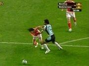 Penalty sobre Nuno Assis