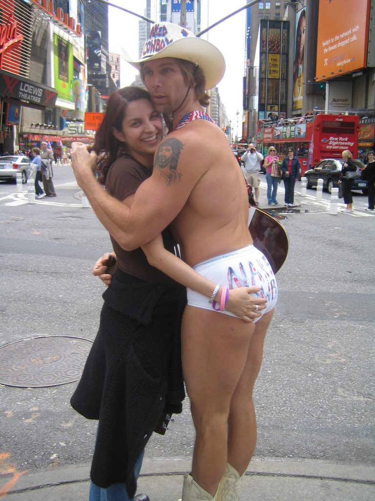 naked-girl-in-ny