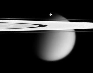 Saturno, Epimeteo y Titán