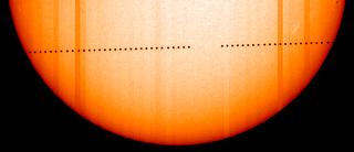 Fotografía del tránsito de Mercurio del SOHO