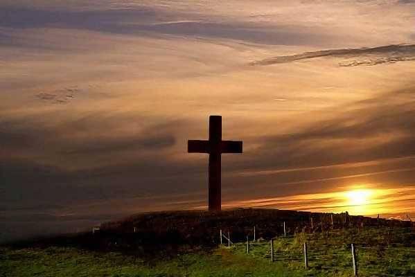 Silencio en la Cruz de Los Clavos en la Cruz