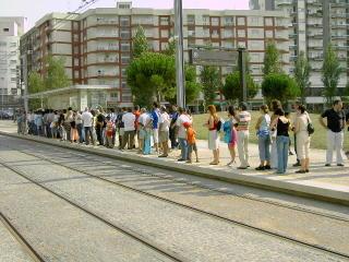 A espera do Metro