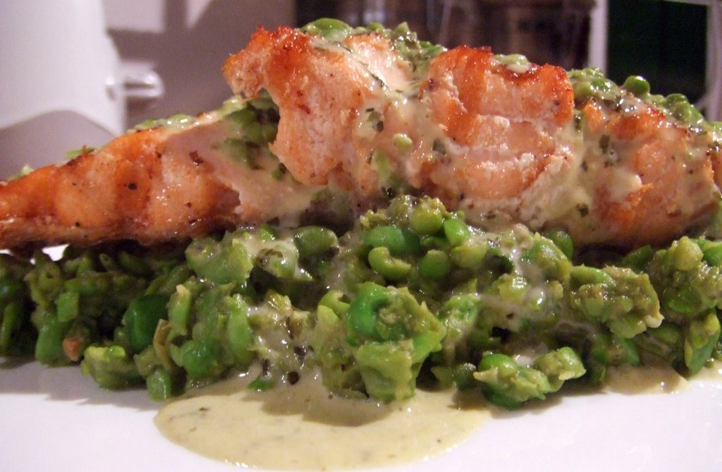 mushy peas i absolutely love them i get chips and mushy peas from the ...