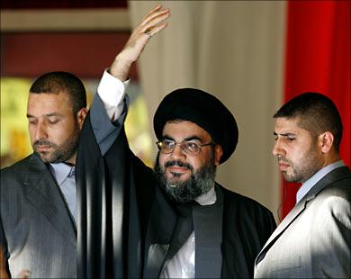 السيد حسن نصر الله يحيي جماهير المقاومة في مهرجان الانتصار 2006