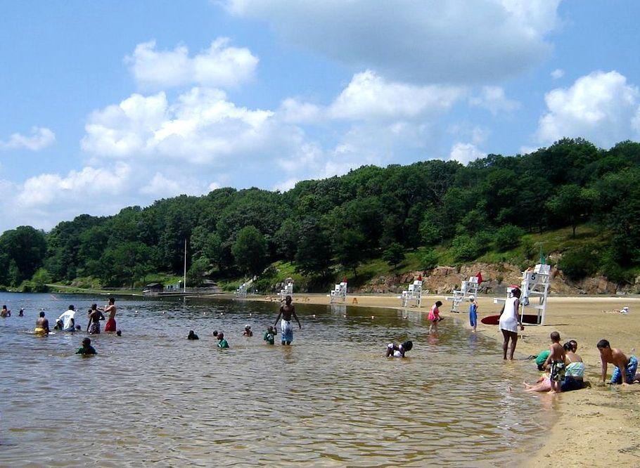 Steytsayd ilongga lake welch beach for Harriman state park fishing