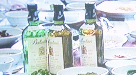 Bottles of Ballantines drank by high education officials while 'the whole nation was mourning Kim Seon-il'. Linked from Naver News.
