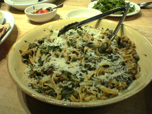 photograph picture of Pasta with Lamb, Spinach, Cilantro and Yoghurt Sauce
