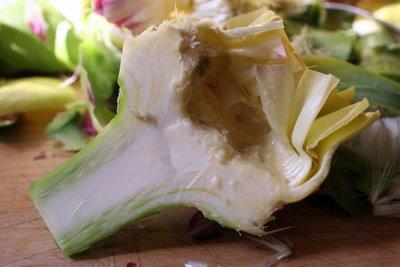 photograph picture how to trim how to cut how to prepare a globe artichoke