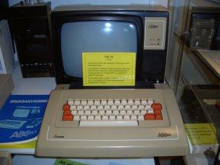 A Luxor ABC 80 computer