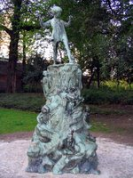 The statue or Peter Pan