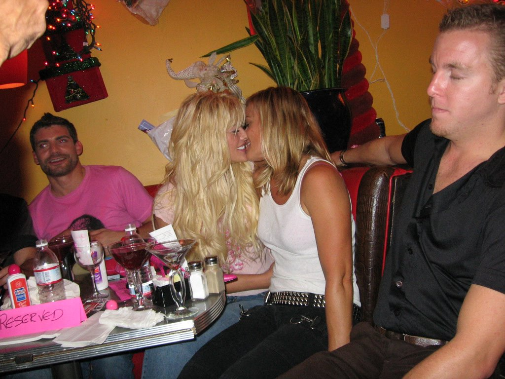 Anna nicole smith stripper party