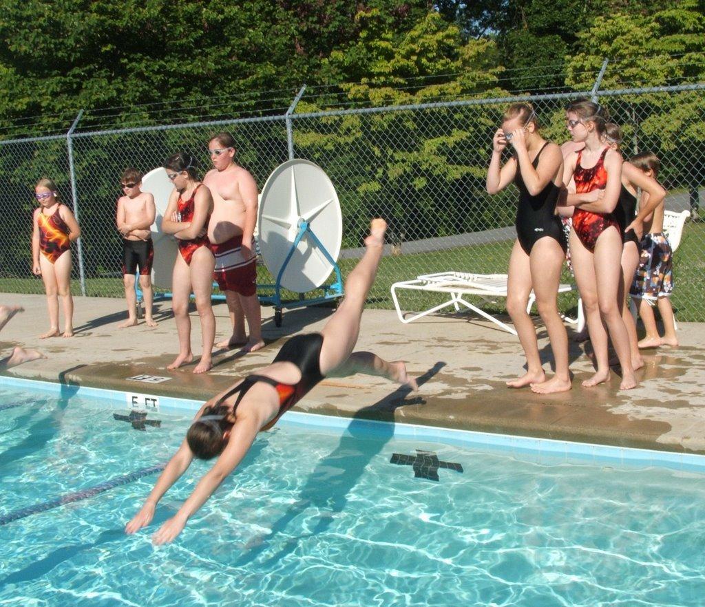 Michele Hester Freelance Writer Dawsonville Racers Begin Swim Team Registration Practice