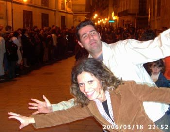 Fer y Sestea haciendo el bobo en Fallas :D