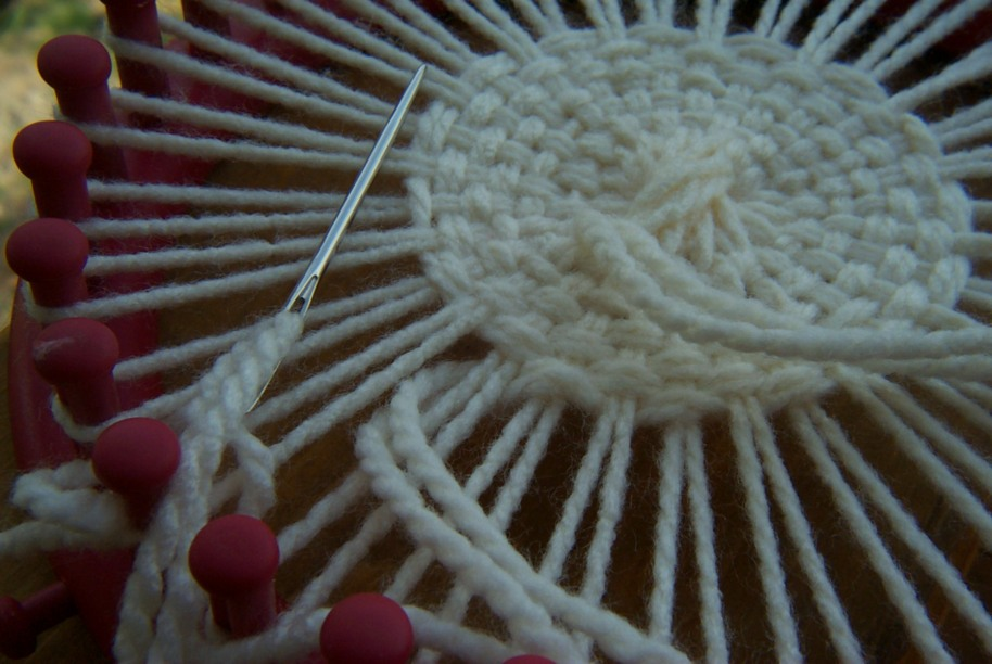 Round Loom Knitting Patterns For Beginners : Loom Knitting Baby Blanket Pattern for the Blue 22 Inch Loom Loom knitting ...