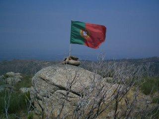 Foto CMatos (Uma bandeira no topo da Estrela)