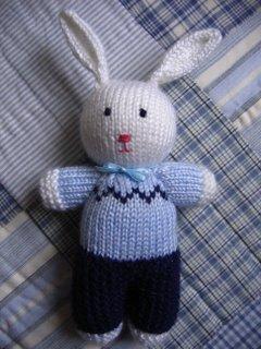 Knitting Pattern Peter Rabbit : annypurls: Id so knit that