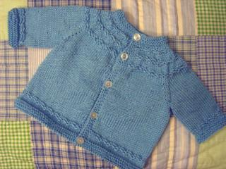 Knitting Pattern Baby Raglan Sweater : annypurls: Baby knits gallery