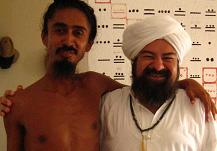 Caption of the Swami and the Sheikh- Un acercamiento del Swami y el Sheikh