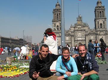Tashi in Mexico City- Tashi en la ciudad de Mexico