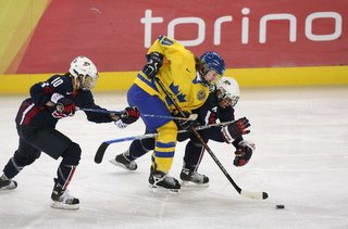 USA Women upset by Sweden in shoot-out