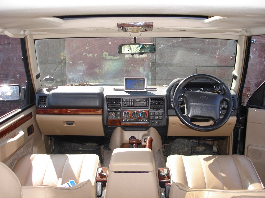 The Range Rover Classic Lse Softdash
