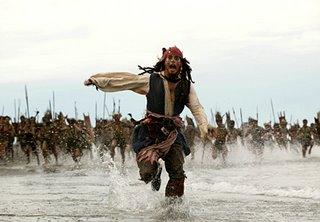 Een scene uit dead mans chest: Jhonny Depp op de vlucht voor de kanibalen